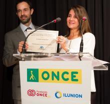 El Doctor Alejandro Barriga Rivera, ha sido galardonado con el Premio a la Investigación FUNDALUCE 2017.